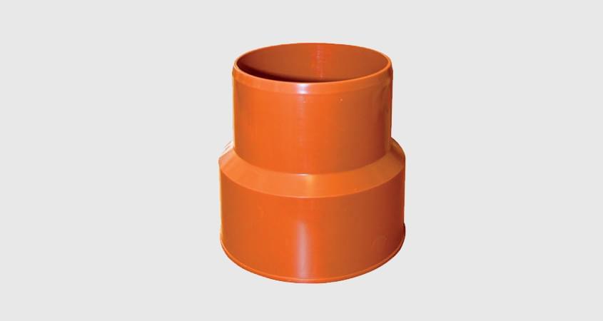 Переход ПВХ — Чугун для канализационной трубы
