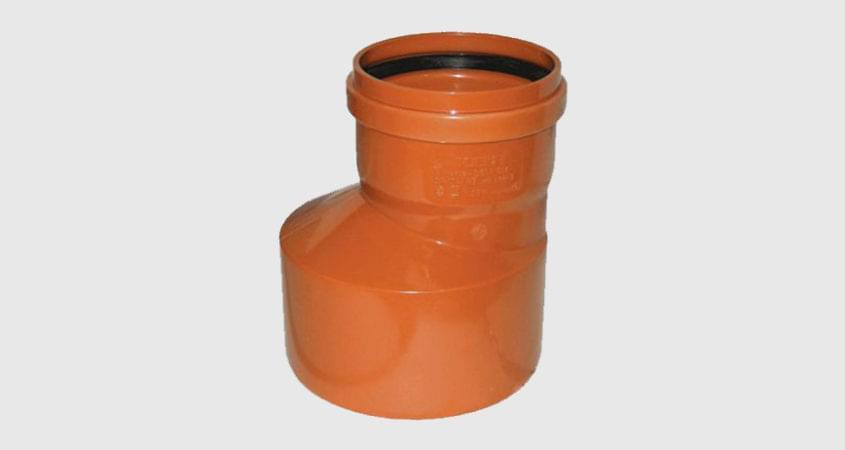 Редукция ПВХ для канализационной трубы